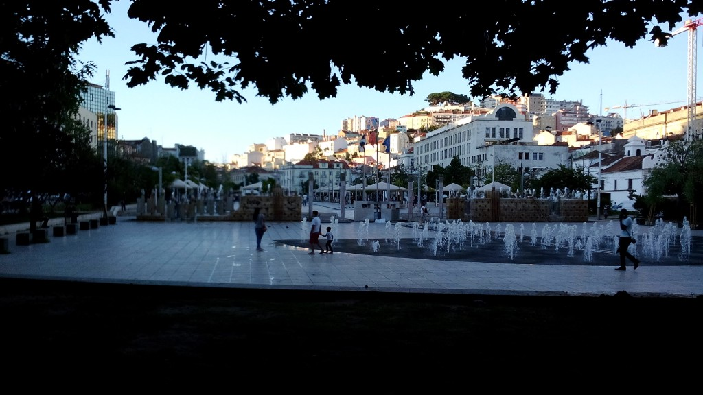 [Image 3: View of Martim Moniz Square]